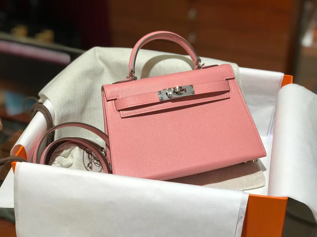 HERMES 爱马仕 Mini Kelly || 20cm 山羊皮 3Q 奶昔粉